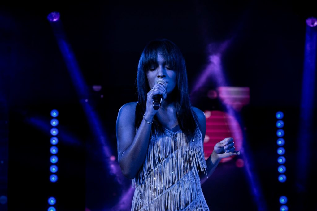 Występ Natalii Capelik-Muianga na gali #IAMSTYLIST3 dla firmy GOLDWELL w Hotelu Narvil w Serocku